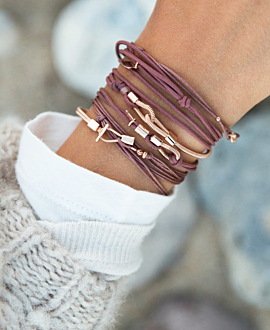 GUITAR BRACELET BROWN