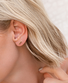 BAR  EAR STUDS GOLD