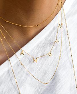 A.M.O.R.E. Halskette Gold