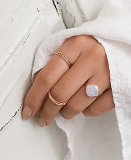 BRAVE  Ring Mondstein