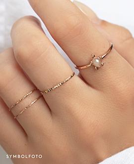 VEERED Ring  14K Gold