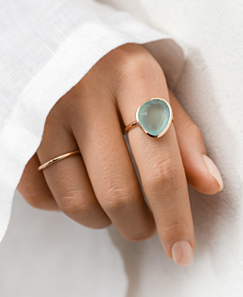 CHALCEDONY RING ROSE