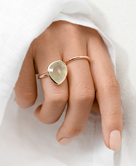 PREHNITE RING ROSE