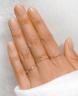 LETTER Ring C  10K Roségold