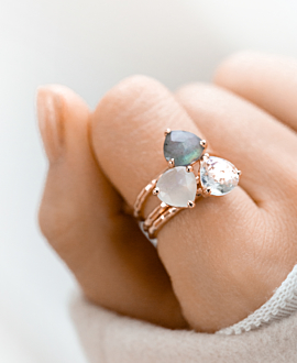 TRIANGLE PETITE Ring Weiß