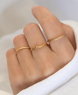 WAVY TOPAZ  Ring Gold