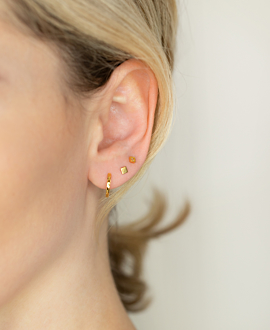 SQUARE  EAR STUDS GOLD